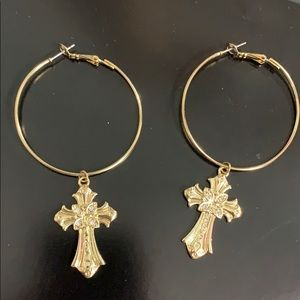 Hoop earrings with crosses